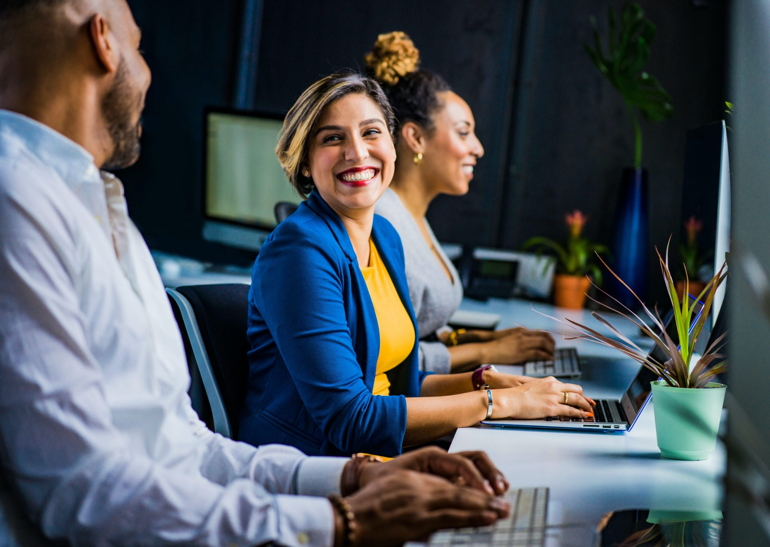 5 Things You Must Consider When Transitioning Into the New Working World